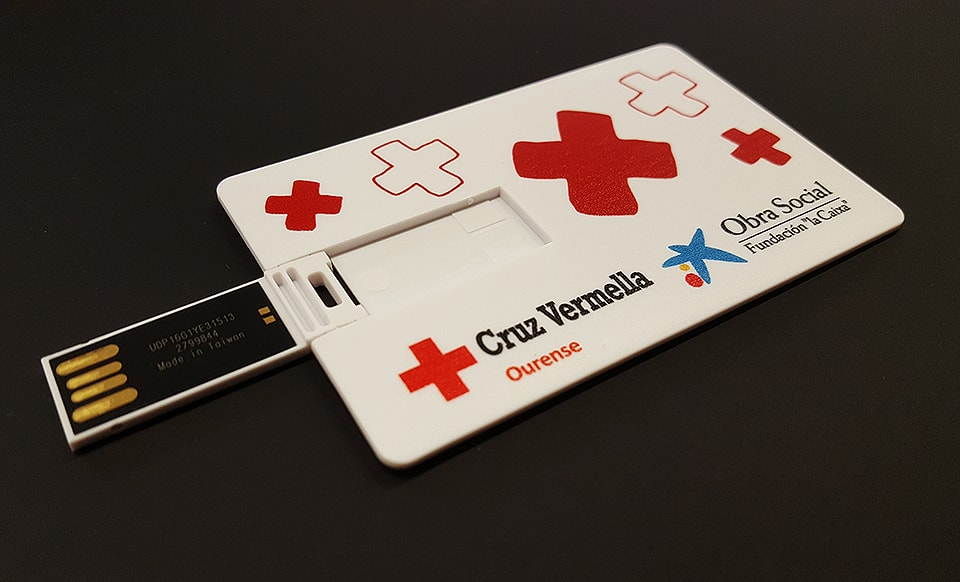 Tarjeta pendrive Cruz Roja